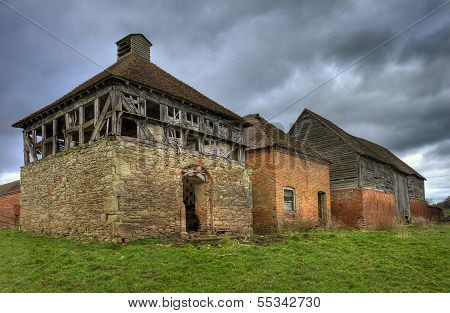 Dovecote And Barns, Worcestershire