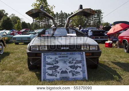 1981 Delorean Front View
