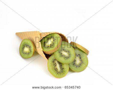 cornet with fresh kiwi