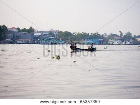 Soc Trang, Vietnam - Jan 28 2014: Unidentified Man Rowing Boats In Mekong Delta. On Jan 28, 2014.