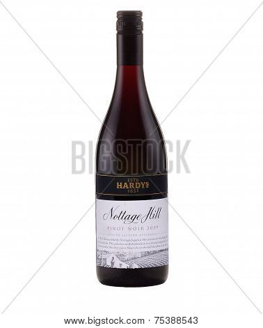 One Bottle Of Dry Red Wine Hardys Nottage Hill Pinot Noir 2009