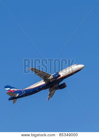 Airbus A320 Kurchatov, Russian Airlines