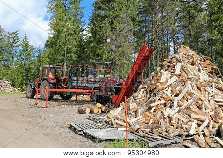 Palax Firewood Processor Powered By Tractor