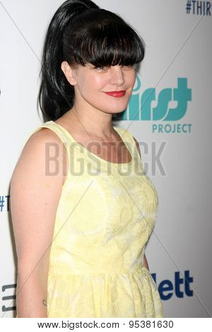 LOS ANGELES - JUN 30:  Pauley Perrette at the 6th Annual Thirst Gala at the Beverly Hilton Hotel on June 30, 2015 in Beverly Hills, CA