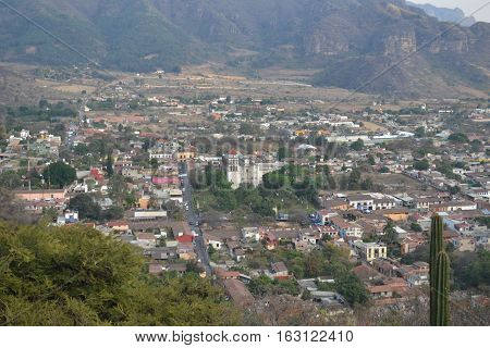 View of the towns of Chalma and Malinalco from the top of the mountains
