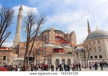 ISTANBUL, TYRKEY - MARCH 30, 2013: View of Saint Sophia and the area with tourists citizens and street sellers, Istanbul, Turkey