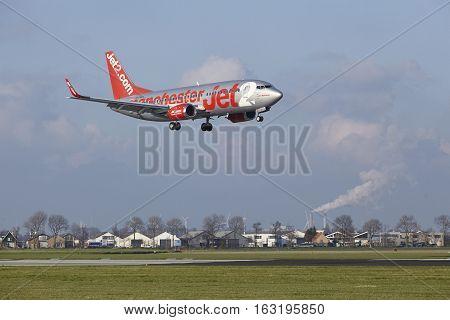 Amsterdam Airport Schiphol - Jet2 Boeing 737 Lands
