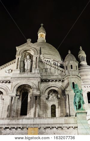 Basilica of the Sacred Heart built of travertine stone, the church is located at the summit of the butte Montmartre, the highest point in Paris, was designed by Paul Abadie