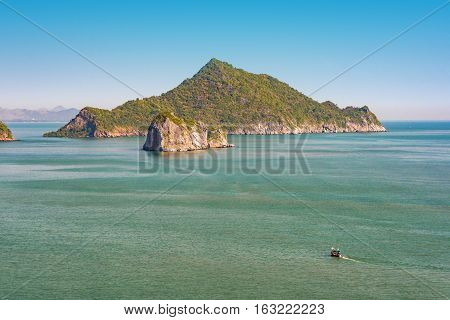 Tropical Islands In Sea. Kho Nomswaw Island,thailand