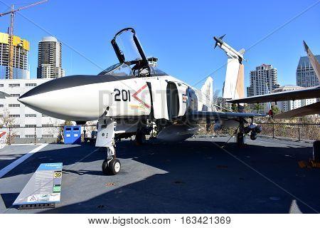 San Diego, California - Usa - Dec 04,2016 - Aircraft  F/a - 18 Phantom Ii