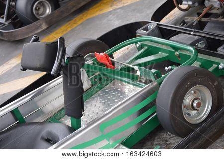 green go cart kart steering wheel pedals