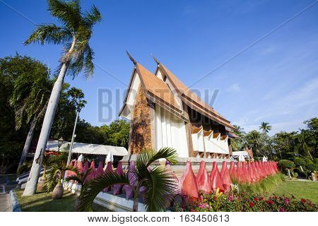 Sala Loi Temple located at Nakhon Ratchasima is an old temple at the Thao suranari built after the battle an army of Chao ANU. In 2370