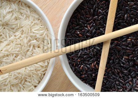 White and black rice - Basmati and Venere raw rice grain