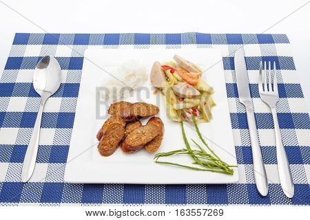 Thai Cucumber Salad (Tam Taeng) whit spicy sausage