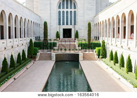 Australian War Memorial, Canberra, with the Pool of Remembrance