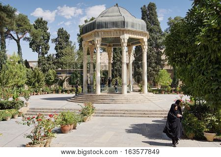 SHIRAZ, IRAN - OCTOBER 7, 2016: Tomb of the famous poet Hafis on October 7, 2016 in Shiraz, Iran, Asia
