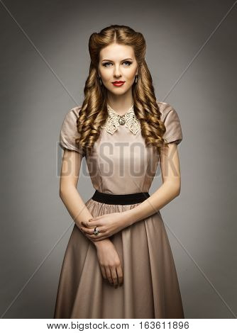 Woman Victorian Historical Age Dress Beautiful Curly Hairstyles Brown Clothes with Collar