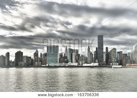 HDR view of the Midtown Manhattan skyline.