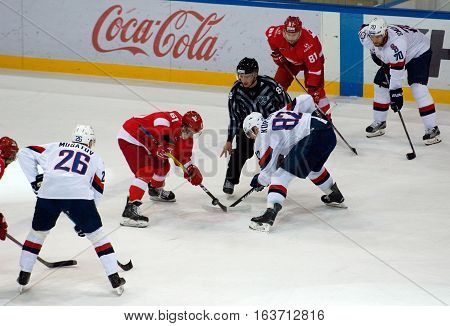 I. Pavlyukov (61) And T. Kopecky (82) On Faceoff