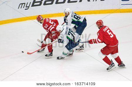 I. Golovkov (52) Dribble