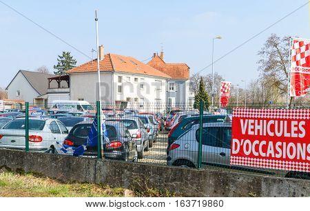 Vehicule images illustrations vectors vehicule stock - Garage peugeot strasbourg hautepierre ...