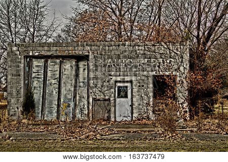 old auto shop on Oklahoma Route 66