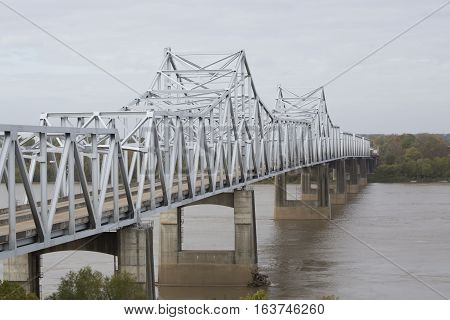 Bridge over the Mississippi River with diminishing perspective