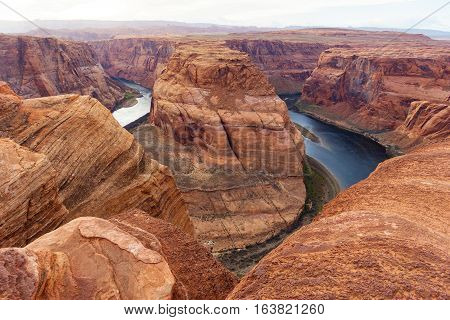 Horseshoe Bend And Colorado River, Grand Canyon