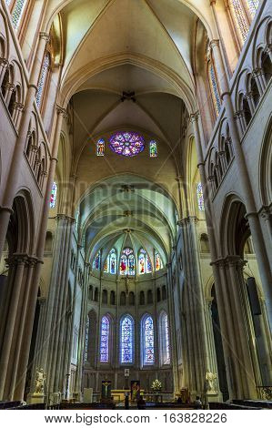 Inside The Nave Of The Cathedrale Saint-jean-baptiste De Lyon - Saint John