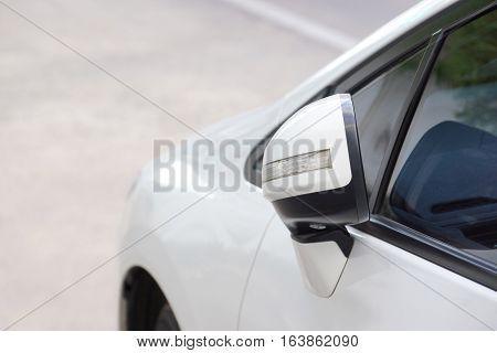 Foldable car side mirror of a car