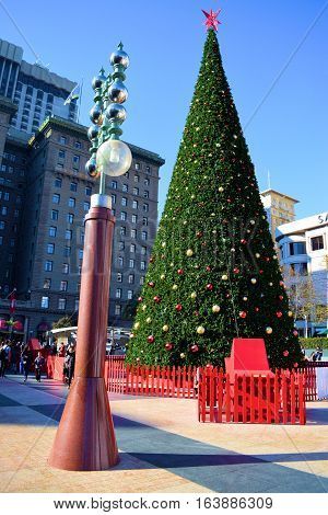 December 29, 2016 in San Francisco, CA:  Large decorated Christmas Tree taken at Union Square which is a courtyard in the center of San Francisco's Shopping District where tourists can see this Christmas Tree while shopping and dining at Union Square
