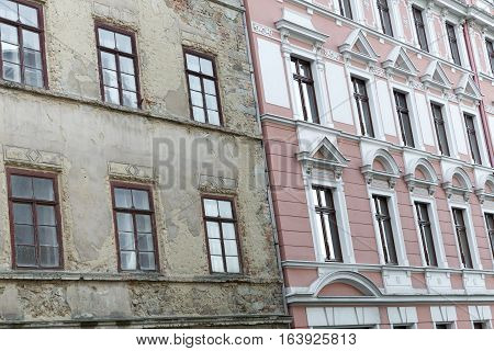 Unrenovated and renovated historic houses in the town of Goerlitz, Germany