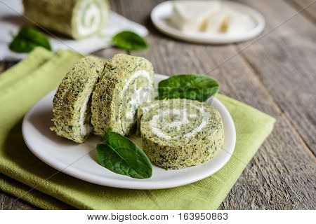 Spinach Roulade With Cheese Filling