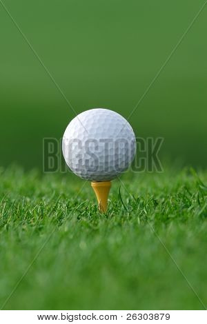 get ready golf ball on tee