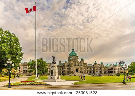 Victoria,canada - July 5,2018 - Evening View At The Building Of Parliament In Victoria City. Victori