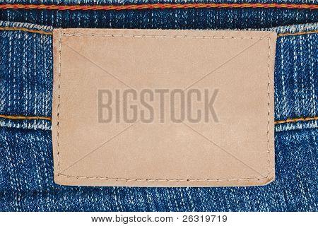 leere Leder Etikett auf Blue jeans