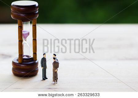 Financial Investment Negotiation,discussion Among Ceo Or Execute Level Concept: Miniature Figurine T