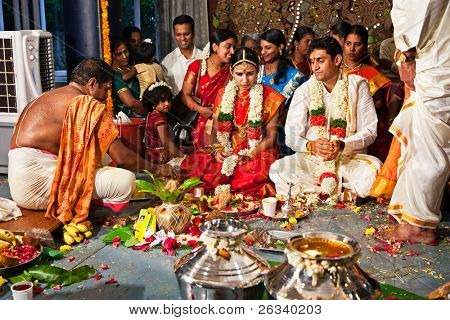 CHENNAI, INDIA - AUGUST 29: Indian (Tamil) Traditional Wedding Ceremony on August 29, 2010 in Chennai, Tamil Nadu, India