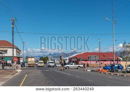 Wolseley, South Africa, August 8, 2018: A Street Scene, With Businesses, People And Vehicles, In Wol