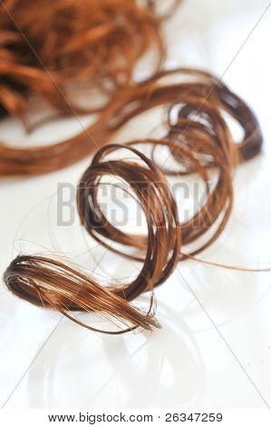 closeup de cabelos cacheados