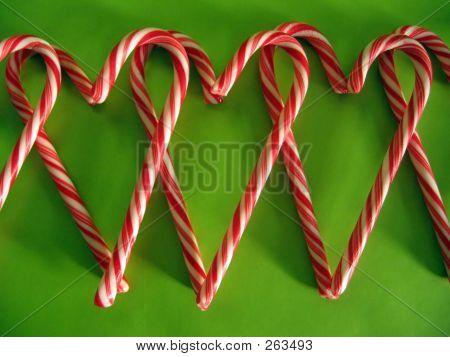 Candy Cane Heart Row