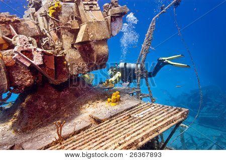 Exploring a wreck