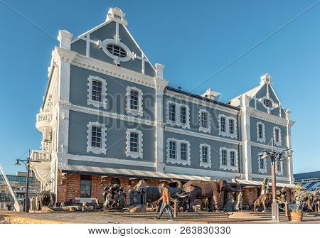 Cape Town, South Africa, August 9, 2018: The Historic Port Captains Building At The Victoria And Alf