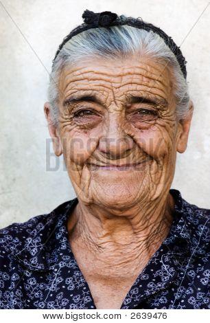 Anciana feliz
