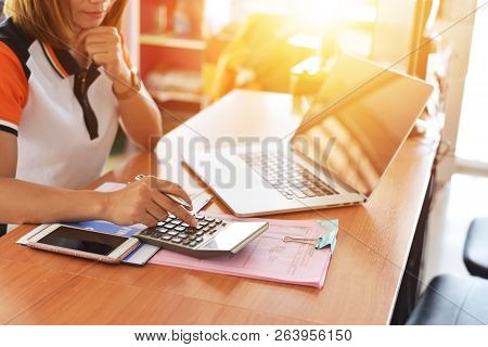 Sales Team Tractor Business Analyst, Financial Audit, Internal Auditing System, Accounting Accountin