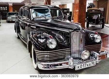 Soviet Car Zis-110