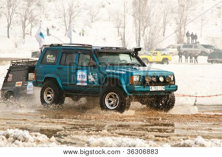 Off-road Racing Jeeps, Festival