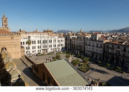 Palermo, Sicily - February 8, 2020: Wide Angle Shot Of The Town Square Below The Roof Of Palermo Cat