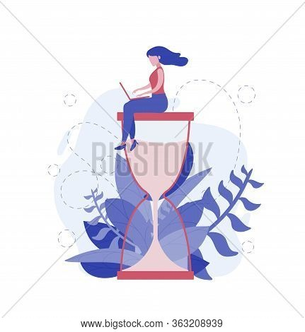 Businesswoman Work On The Hourglass Relaxed And Concentrated. Business Concept Of Time Management An