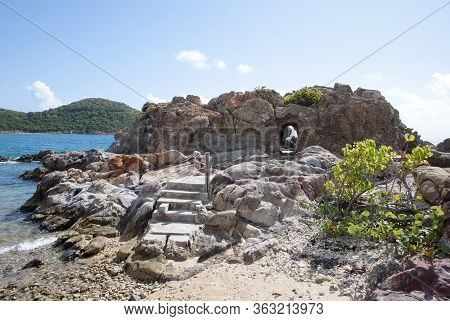 Eroded Red Point Peninsula Rocks With An Entrance On St. Thomas Island (u.s. Virgin Islands).